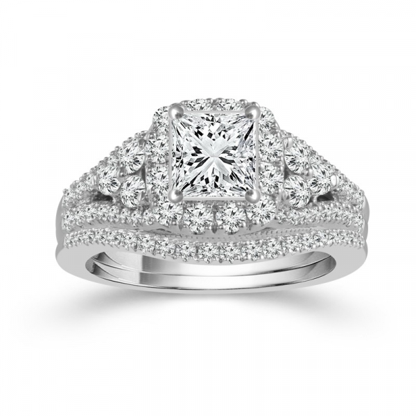 1 5/8 Carat Diamond Bridal Set From The Limited Edition Collection by Limited Edition