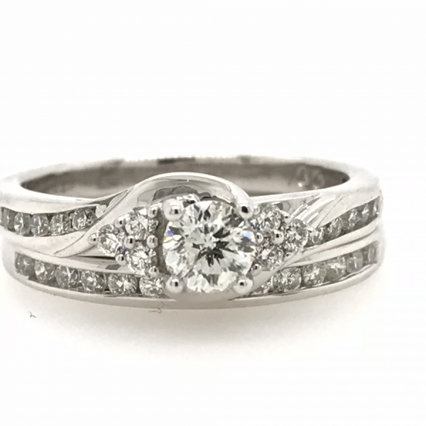 10k White Gold .75ctw Bridal set With 1/3ct Center Diamond by Cien Amore